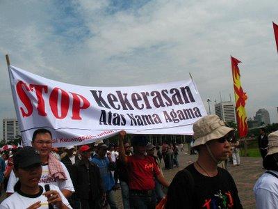 Stop kekerasan!