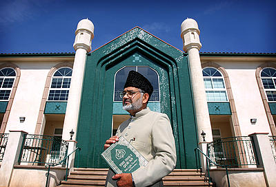 MOSQUE11Bdwb (10/9/2009, Chino)  METRO Imam Shamshad Nasir stands in front of Baitul Hameed Mosque in Chino.  The mosque is holding an open house on October 24 to celebrate its multi-million-dollar rebuilding and remodeling following a 2003 fire that severely damaged the building.  (David Bauman/The Press-Enterprise)